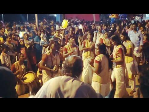 Kerala girls Singari Melam with Dance