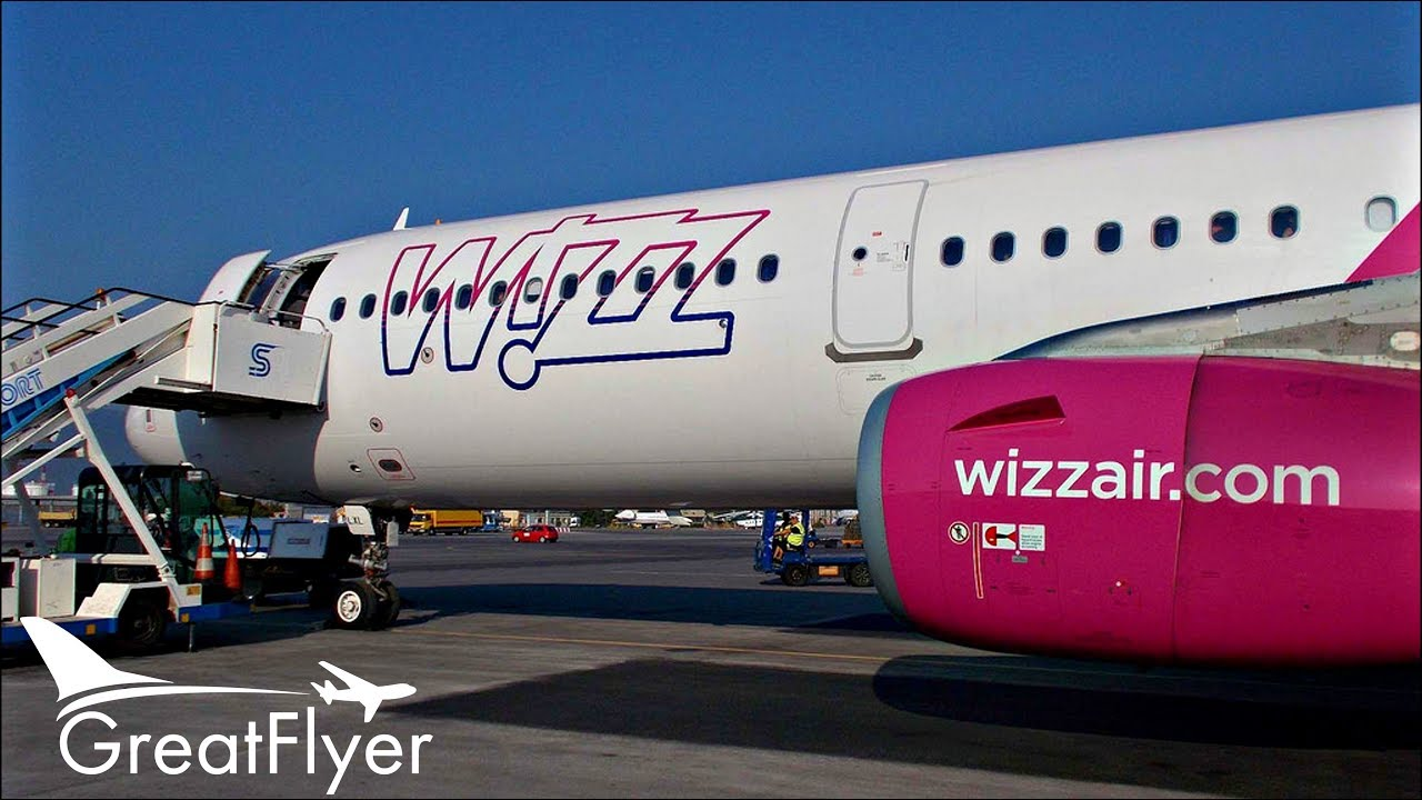 Wizzair Airbus A321 Trip Report Luton To Larnaca Economy Wing View Takeoff To Landing Youtube
