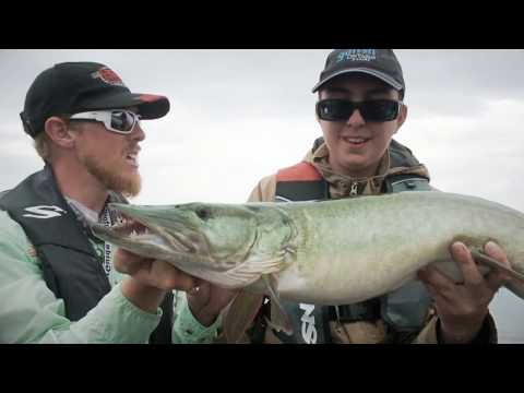 French River Muskie Fishing | Fish'n Canada