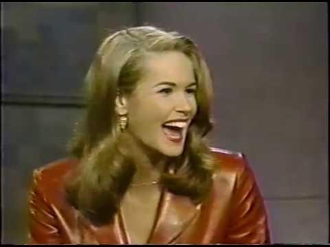 Late Night With David Letterman 1/15/92 - Elle MacPherson, Paul Sorvino