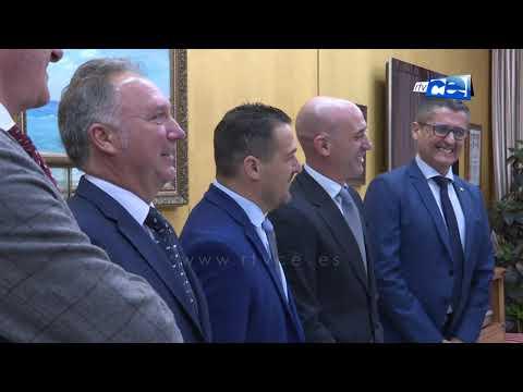 Vivas recibe al presidente de la Federación Nacional de Fútbol, Luis Rubiales