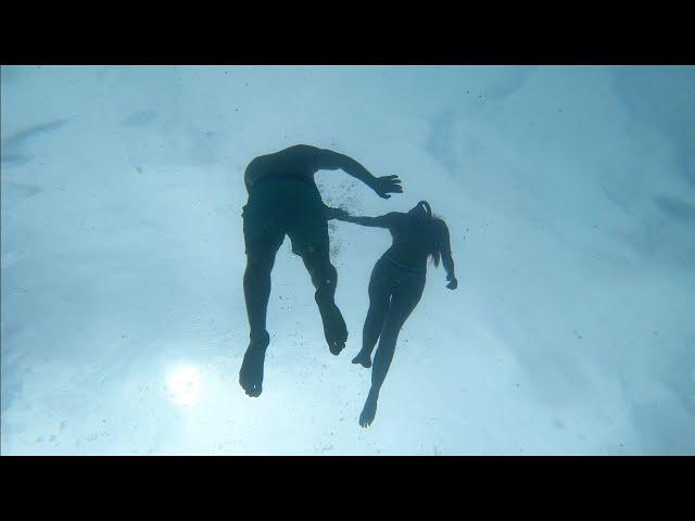 Miami (Trailer): Spin The Globe