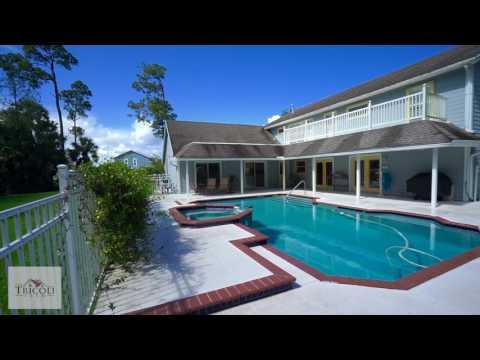 4651 Hunting Trl Lake Worth, FL 33467-Legend Lake Estates