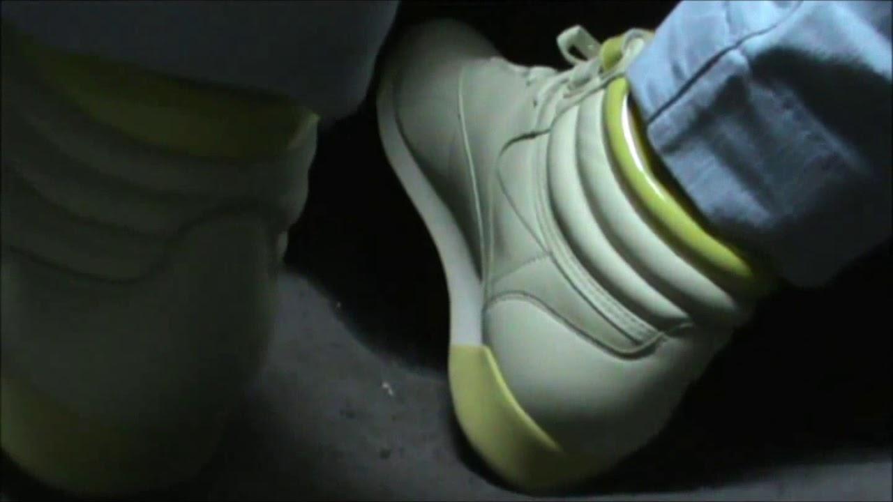 Driving in yellow Reebok Freestyle - YouTube fbecc1b84