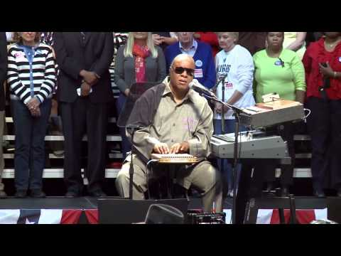 Stevie Wonder Opens Up to Concert Crowd about His New Instrument, the Harpejji