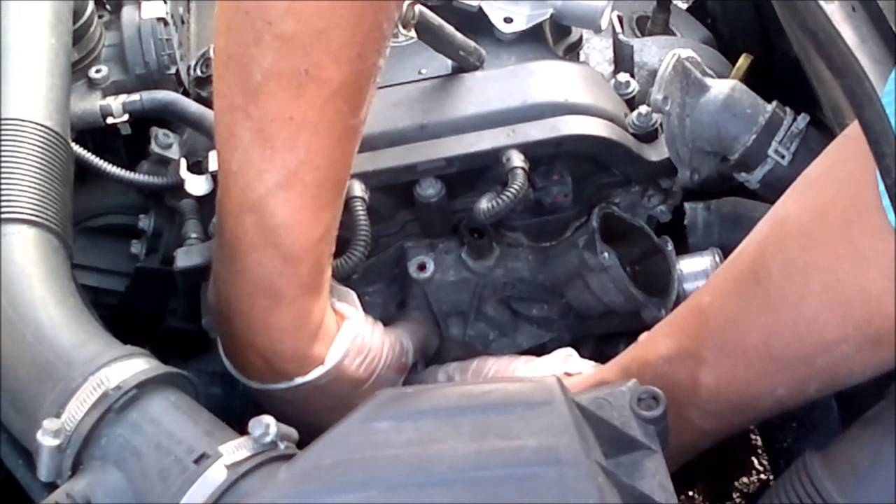 How to replace your vauxhall corsa water pump - YouTube