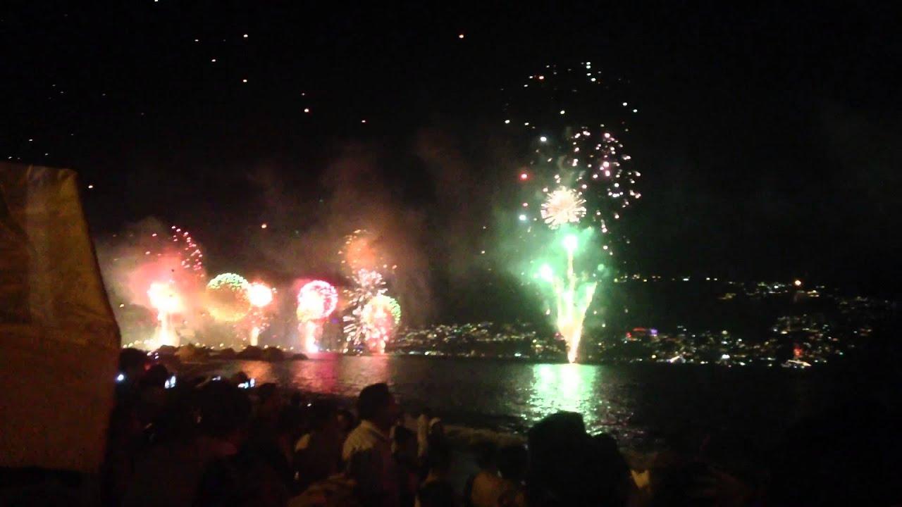 Fin de a o 2013 acapulco pirotecnia desde playa 1080p - Fin de ano en toledo ...