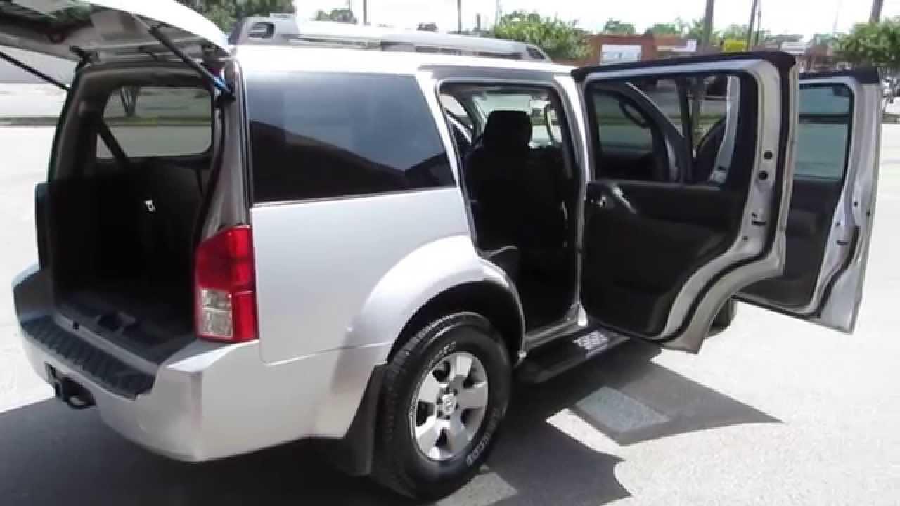 2006 Nissan Pathfinder Le 4dr Silver 5n1ar18u66c684479