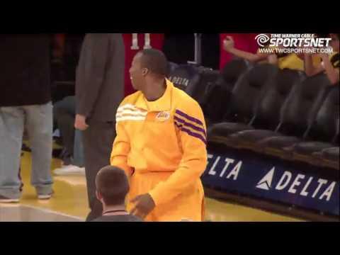 Lakers Pranks Dwight Howard!