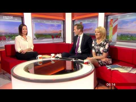 Louise Minchin Legs In Sheer Pantyhose With High Heels – 16-4-18
