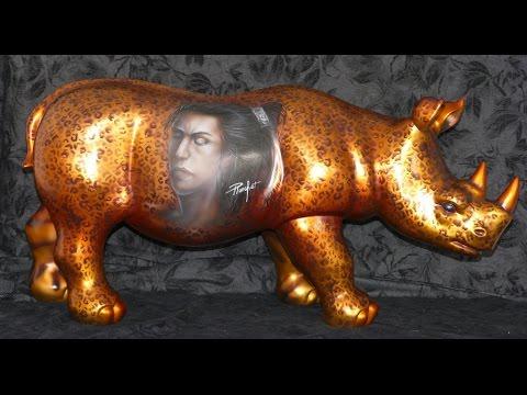 """Rhinoceros en résine """"Infinytoon"""" Art desygn décoration maison et jardin"""