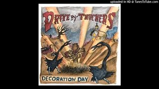 Watch Driveby Truckers somethings Got To Give Pretty Soon video