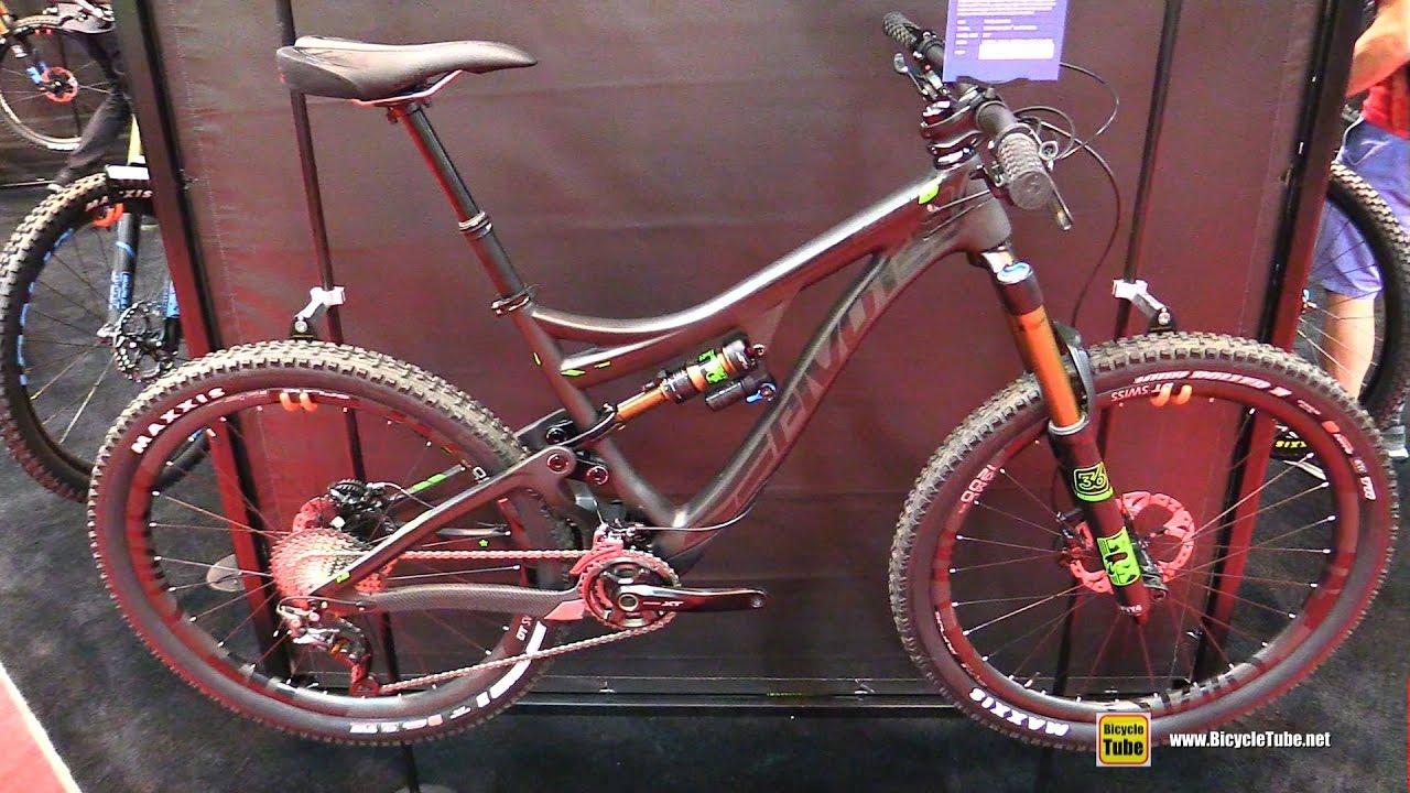 52056d5ec64 2017 Pivot Mach 6 Carbon Mountain Bike - Walkaround - 2016 Interbike Las  Vegas