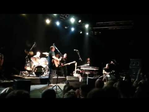 Damien Dempsey - Apple Of My Eye lyrics - live in Concert Vicar St