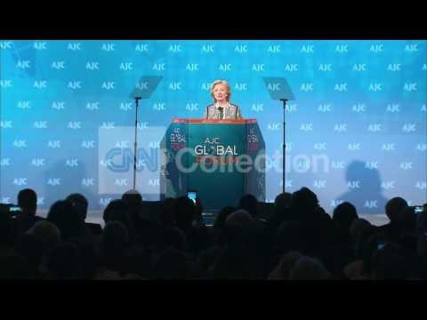 DC:AJC GLOBAL FORUM-HILLARY CLINTON WALKUP