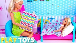 Barbie GIrl and Chelsea Baby Doll Bed Routine with Bath Time!