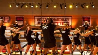 "Glee Review: Glee 4x02 ""Britney 2.0"" Recap & Episode Highlights"