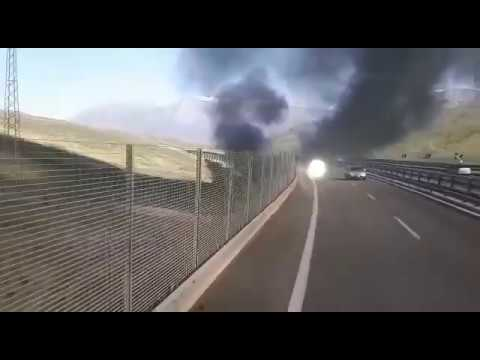 Incidente sull'A19 Catania-Palermo: camion giù dal viadotto, un morto e un ferito