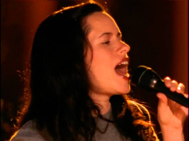natalie-merchant-kind-and-generous-w-intro-vh1-live-2005-henry-ner