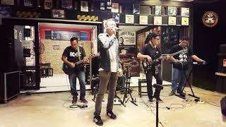Download Mp3 Slank Reaksi Kimia Cover Otex Feat CNN Band