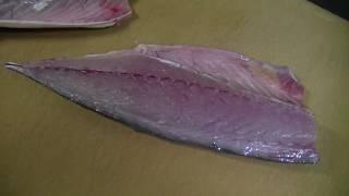 三代目魚熊の魚のさばき方!(サバ)〆鯖用