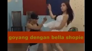 Goyang Dengan Bella Shofie