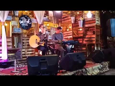 Benci untuk mencinta live musik cover by Nufi wardhana