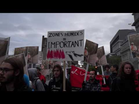 Montreal Environmentalists Protest Outside Montreal City Hall 00079