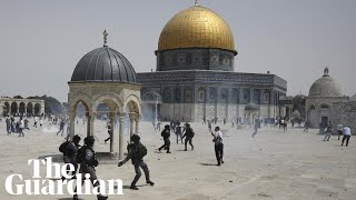 Palestinians and Israeli police clash at Jerusalem's al-Aqsa mosque hours after Gaza truce