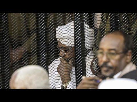 محكمة سودانية تحبس الرئيس البشير لعامين في مؤسسة إصلاحية ومصادرة أمواله من النقد الأجنبي والمحلي …  - 13:00-2019 / 12 / 14