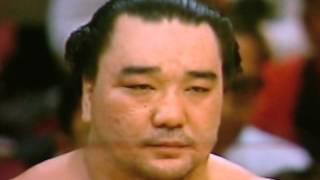 おめでとう、日馬富士!! 日本人より日本人らしい良いコメントだったね...