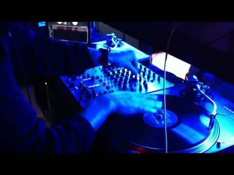 Mystykal Kut - Live radio mix in Shanghai, China - All Eyez On Me routine