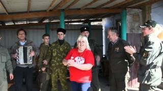 Оля-Пчёлка стала свидетелем спонтанного концерта терских казаков на Донбассе