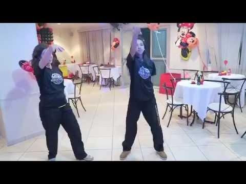 Shrek Dance Party
