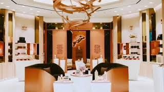 Creative cosmetic shop design