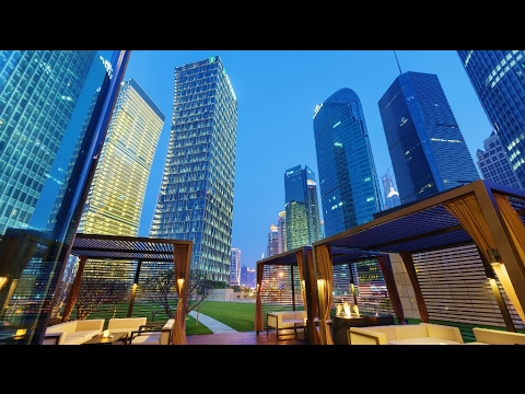 Gorgeous and Luxurious Shanghai's Mandarin Oriental Pudong (China)