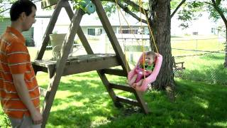 Little Tikes 2-in-1 Snug 'n Secure Swing - Pink