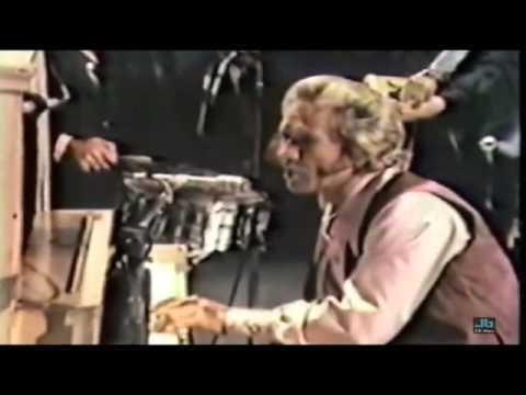 Marty Robbins - Begging To You (Ryman Auditorium in Nashville - 1971)