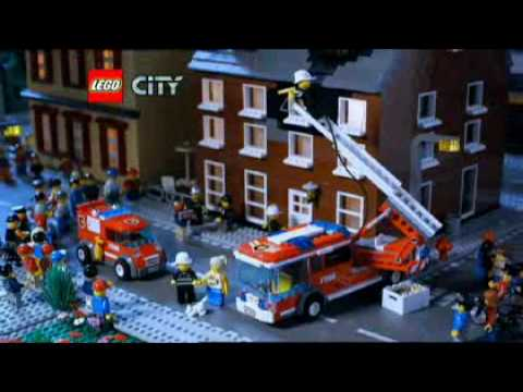 Lego City Fire Station (7208) - Toys R Us