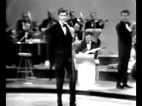 Wayne Newton - Danke Schoen (1968) Live