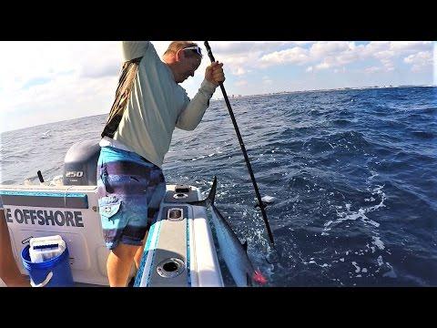 EPIC Fishing Fail; Gaff FAIL Video
