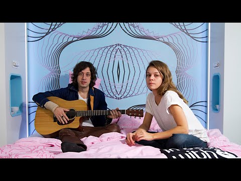 Adam Green & Binki Shapiro - Here I Am - acoustic for in bed with