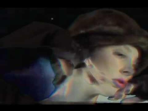 BILLY JOEL - UPTOWN GIRL LYRICS -