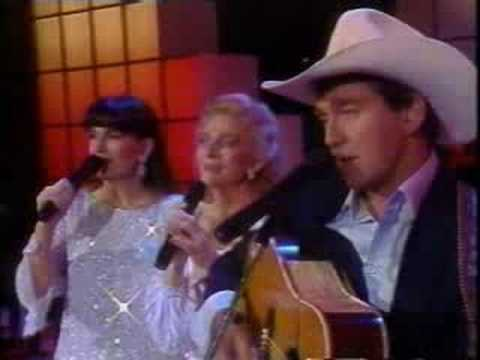Ian & Sylvia with Judy Collins - Someday Soon (live on CBC 1986)