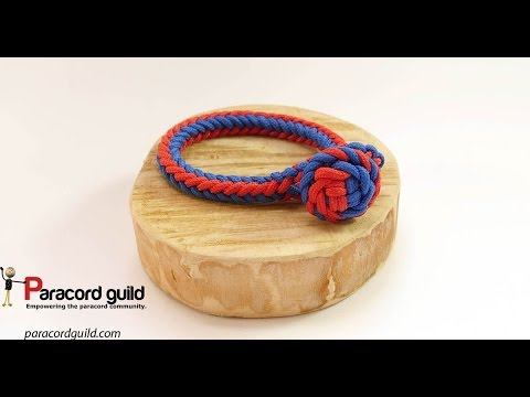 Herringbone braided paracord bracelet