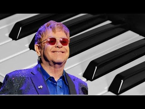 Rocketman BUT Elton John can't play the PIANO