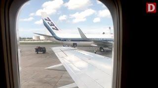 Pasajeros de un vuelo La Habana-Miami denuncian presuntos robos de aduaneros cubanos