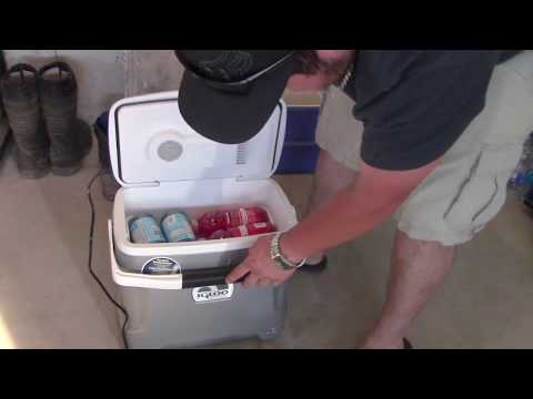 Unboxing/Review Of The Igloo Iceless 28 Cooler From Costco