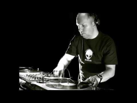 DJ Mary - Live @ Technoscope - Zyon Club, Amsterdam, Holland 02.10.2004.