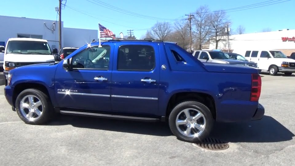 2013 Chevrolet Avalanche Hicksville Huntington Levittown